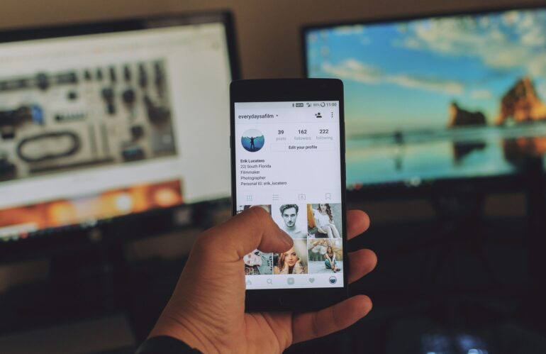 Becoming Popular On Social Media